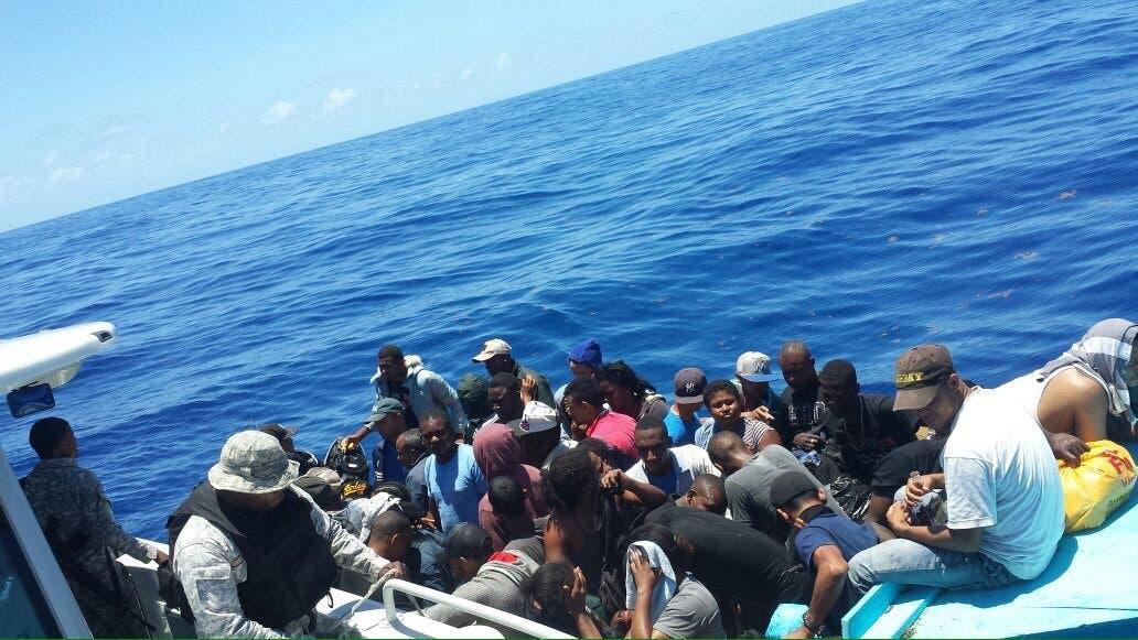 Armada Dominicana apresa 25 personas iban a Puerto Rico