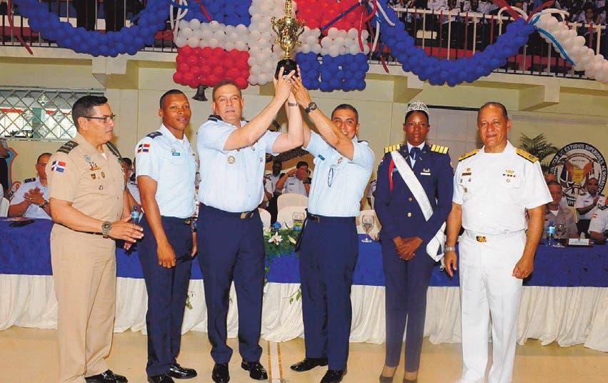 FARD gana los Juegos de Cadetes y Guardiamarinas
