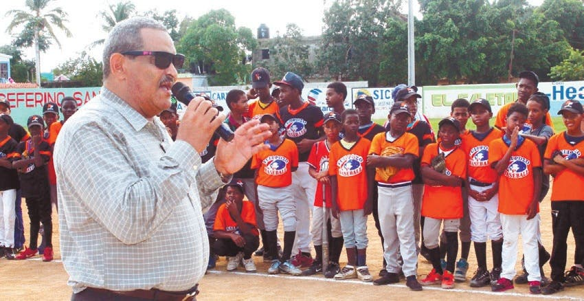 Inicia torneo béisbol infantil dedicado a Polibio Díaz