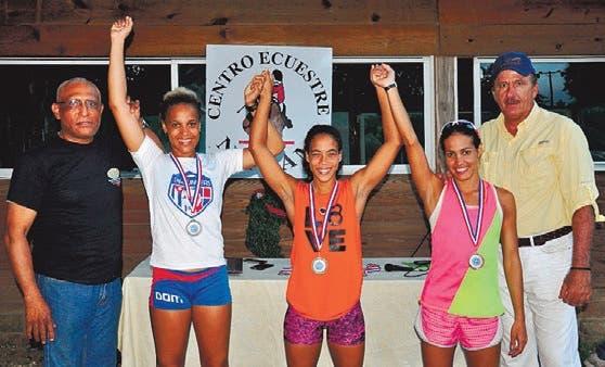 Domínguez y Garrido ganan oro en el Torneo Pentatlón Navideño
