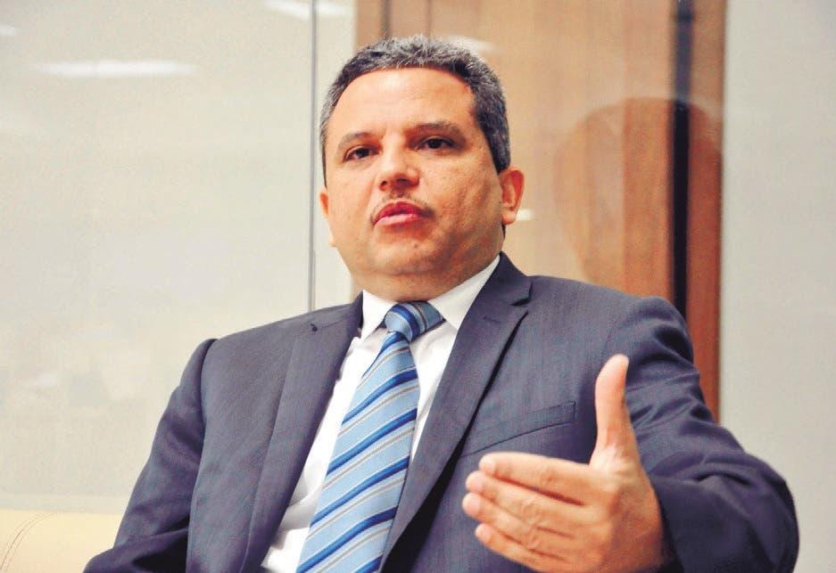 El llamado del diputado Fidel Santana a población ante alza pecios combustibles
