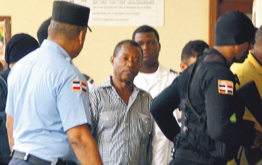 Aplazan otra vez audiencia contra Blas Peralta; se desmaya un imputado
