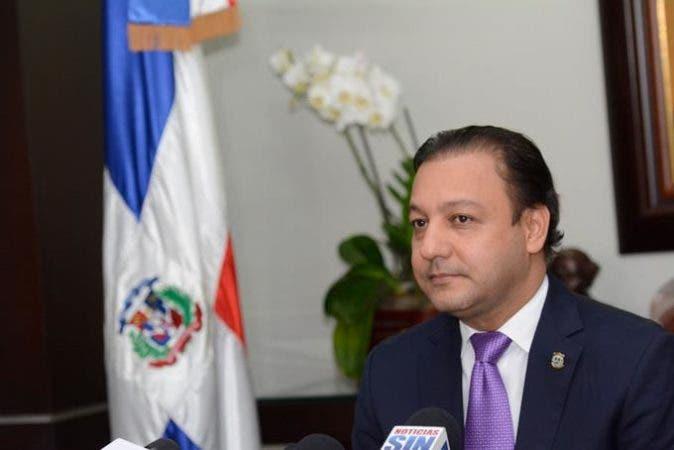 Abel Martínez apodera Ministerio Público investigue irregularidades detectadas en nómina