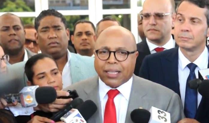 Alfredo Pacheco en caso Odebrecht: «La fiebre hay que buscarla en el cuerpo»