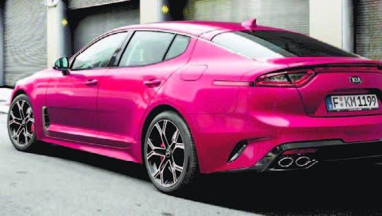 Bajo la denominación Stinger GT, fue presentado un nuevo KIA de