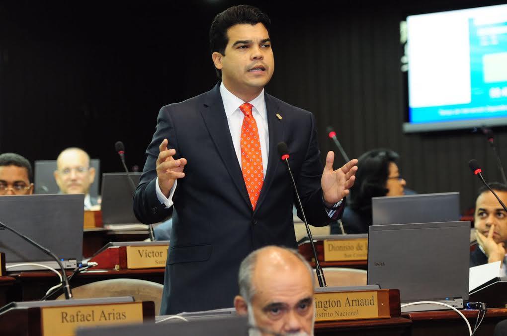 Diputado Wellington Arnaud cree no hay voluntad de combatir la inseguridad ciudadana
