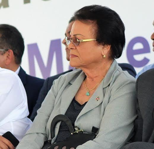 Gobernadora Bonao pide se inicien trabajo construcción nuevo hospital