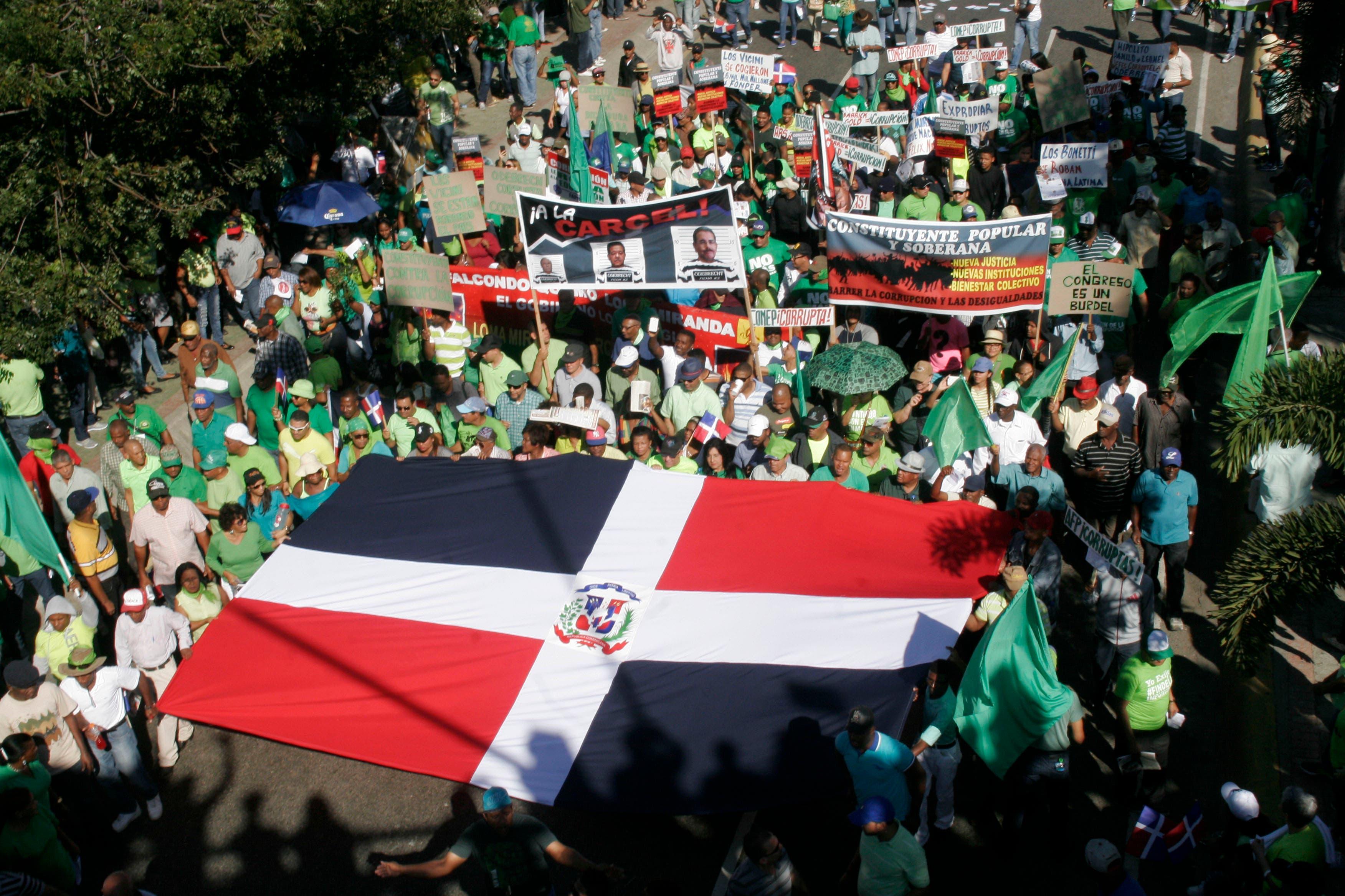 Decenas de miles de manifestantes proclaman el inicio del fin de la impunidad