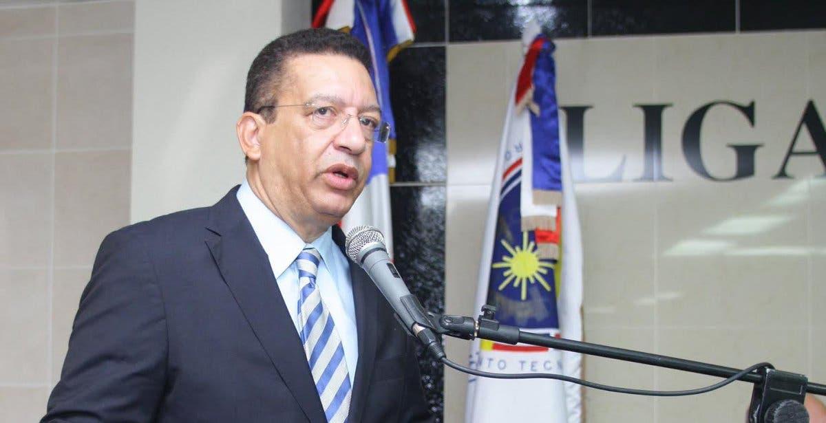 Alcaldes del PLD respaldan que Johnny Jones siga en LMD