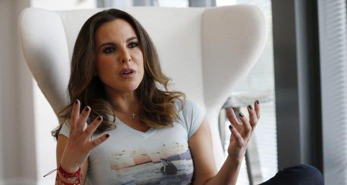 """Kate del Castillo: Gobierno """"machista"""" me persigue por ser mujer"""