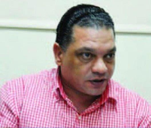 Mario Díaz.