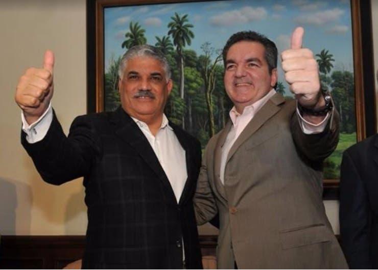 PRD presenta a Neney Cabrera como su candidato a la Liga Municipal
