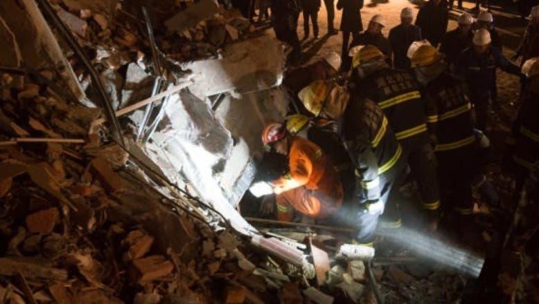 Mueren doce personas tras el derrumbe de un hotel en el centro de China