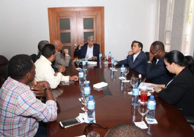 Los alcaldes crearon la Unión de Alcaldes de San Cristóbal y escogieron a Nelson Guillén como su presidente/Foto: Fuente externa.