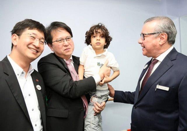Valentino Tang visitó el CAID-Santo Domingo Oeste, en compañía de una delegación de legisladores de su nación/Foto: Fuente externa.