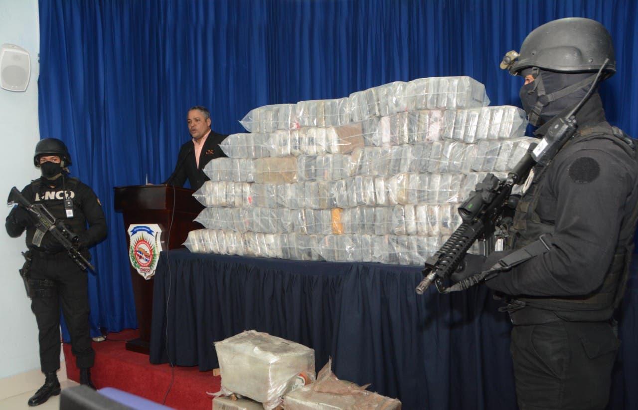 DNCD decomisa droga en contenedor que iba a EEUU
