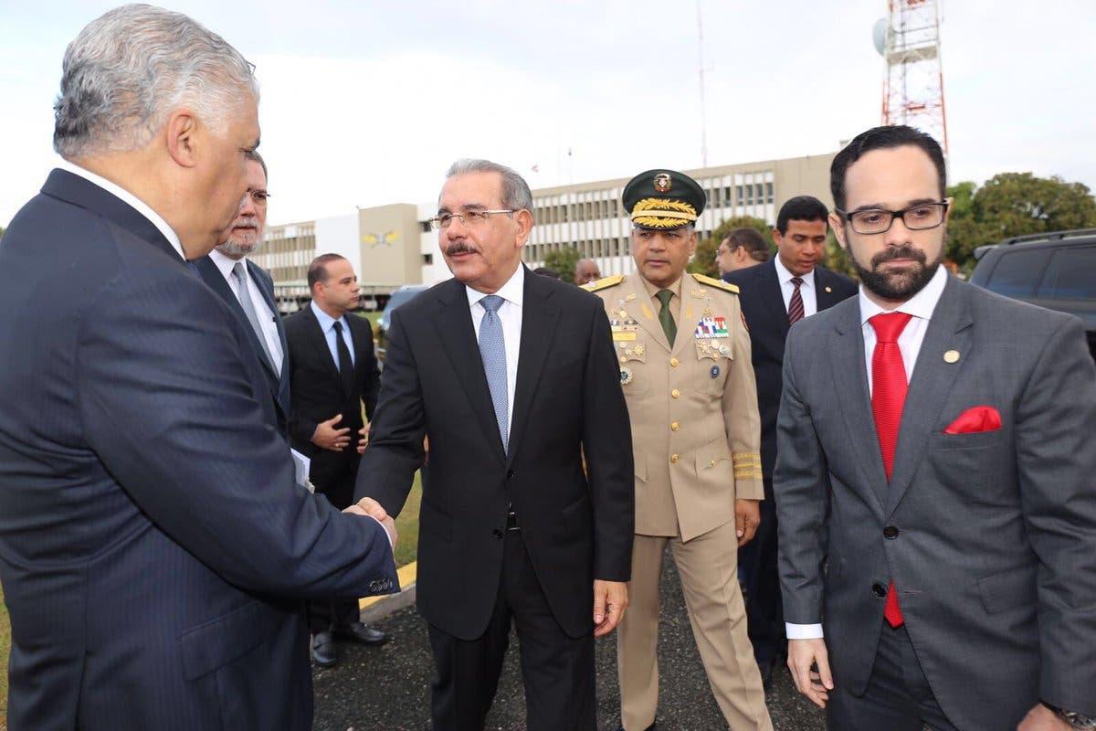 Danilo Medina sale hacia Haití para asistir a toma de posesión de Jovenel Moises