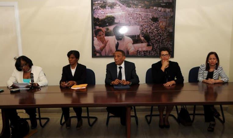 Miembros del Consejo de Disciplina del PRD durante la sesión/Foto: Fuente externa.