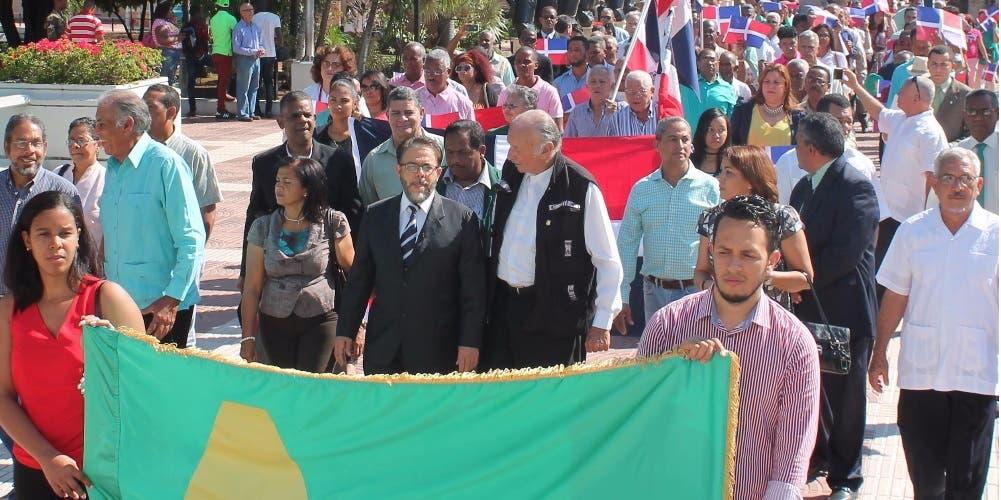 Guillermo Moreno dice 173 años de independencia encuentra al país hipotecado por deudas