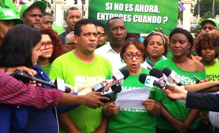 El colectivo Marcha Verde ofreció su posición sobre el discurso en una rueda de prensa frente al Palacio Nacional/Foto cortesía de Marcha Verde.