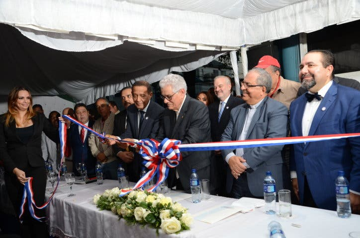 Partidos políticos inauguran local de FOPPPREDOM