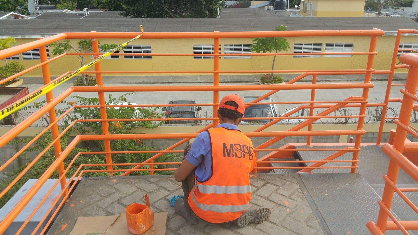 Obras Públicas implementa jornada mantenimiento y seguridad en peatonales
