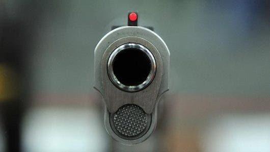 Cabo de la Policía mata accidentalmente a su compañero cuando perseguían atracadores en Las Américas