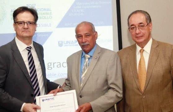 Conferencia sobre Turismo Sostenible y Accesibilidad
