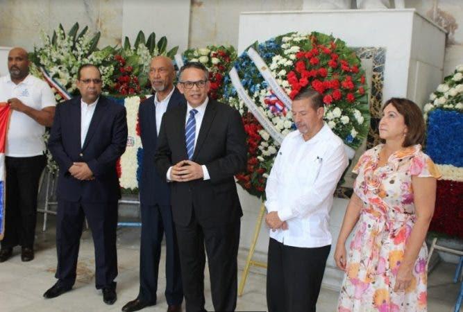 El homenaje a los Padres de la Patria estuvo encabezada por Ramón Ventura Camejo/Foto: Fuente externa.