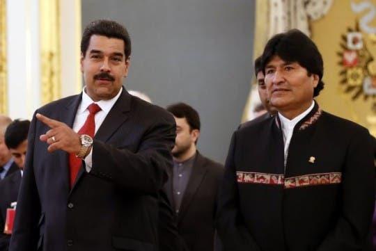 Morales llega a Venezuela, tras tratamiento médico en Cuba