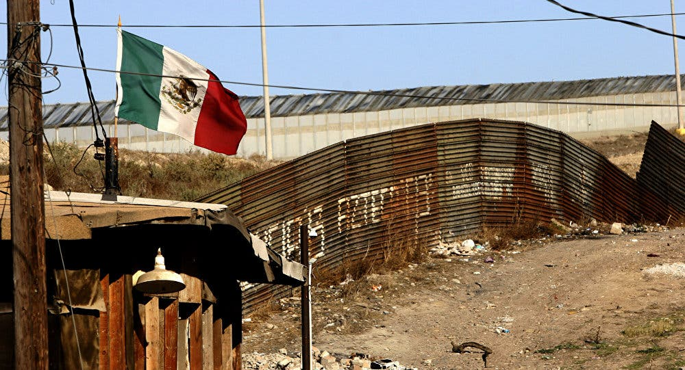 Trump asigna $ 2.600 millones para iniciar muro en la frontera con México
