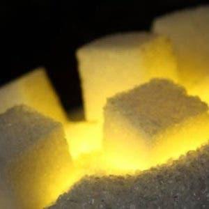 PAPELES DEL TROPICO. Azúcar de luz Entre siglos y  ternura