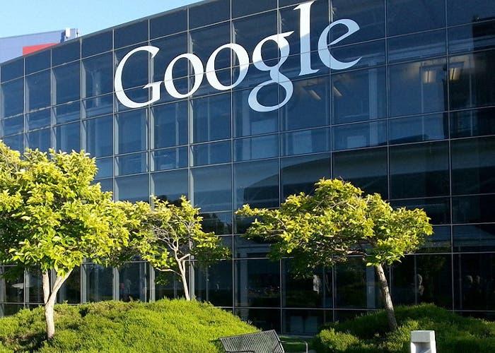 Google pide disculpas por publicidad junto a contenidos extremistas