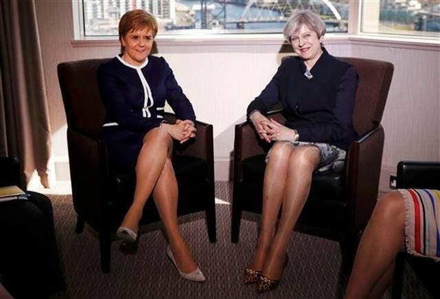 Polémica por foto de piernas de May y Sturgeon en Daily Mail