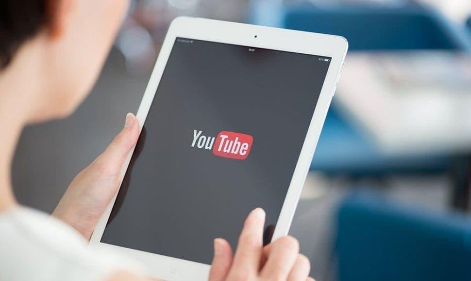 """YouTube realiza """"cambios"""" tras quejas por situar anuncios en vídeos ofensivos"""