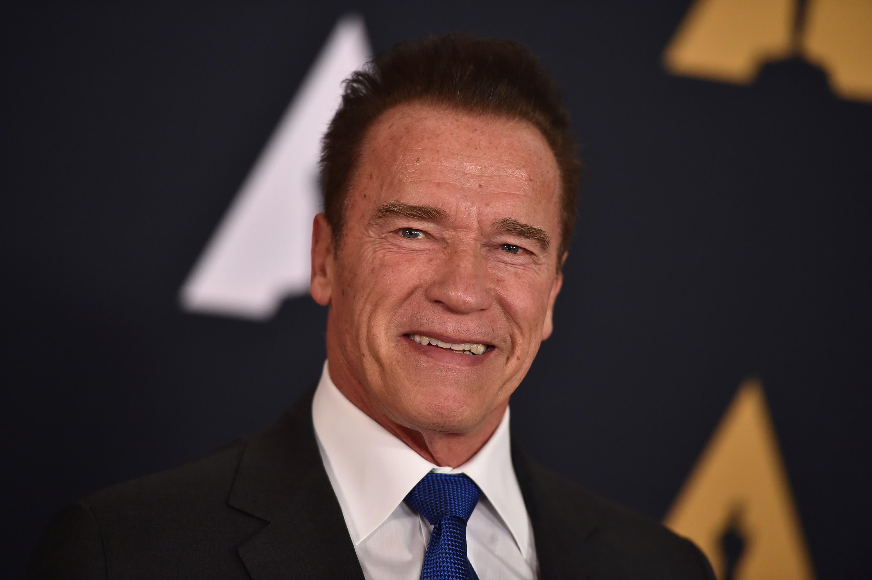 Video: Arnold Schwarzenegger dice que está bien, pero aún no excelente, tras cirugía de corazón