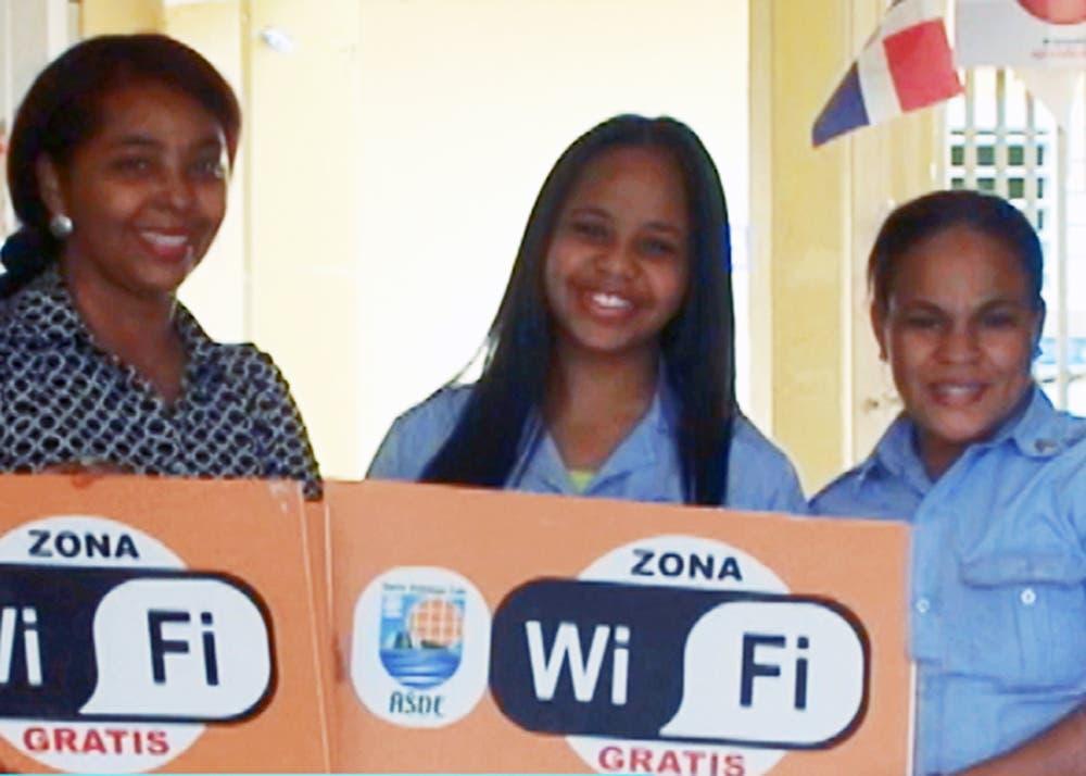 Alcaldía SDE amplia la instalación de Internet Wifi gratis en el municipio