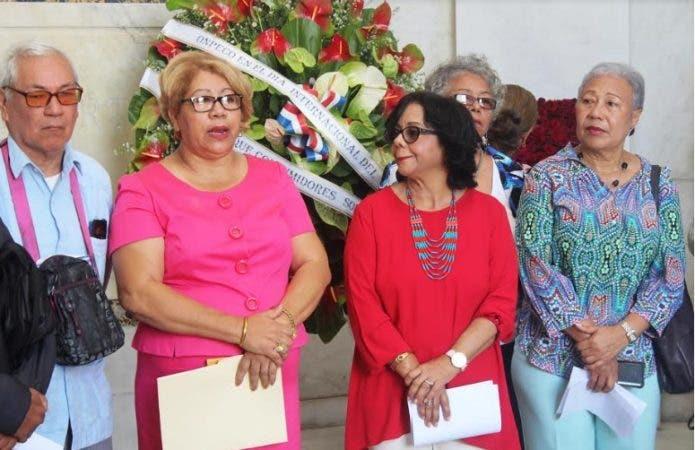 El gremio solicitó al presidente Danilo Medina la destitución de Anina del Catillo/Foto: Fuente externa.