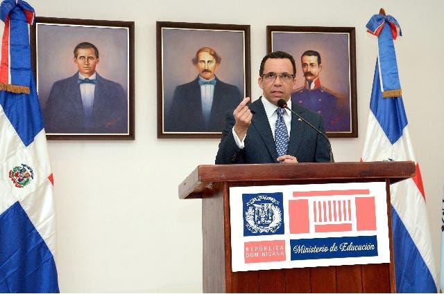 Ministro de Educación Andrés Navarro.Foto: Fuente externa.