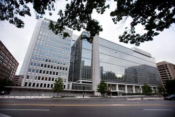 La apuesta del Banco Mundial: Celulares para superar la pobreza