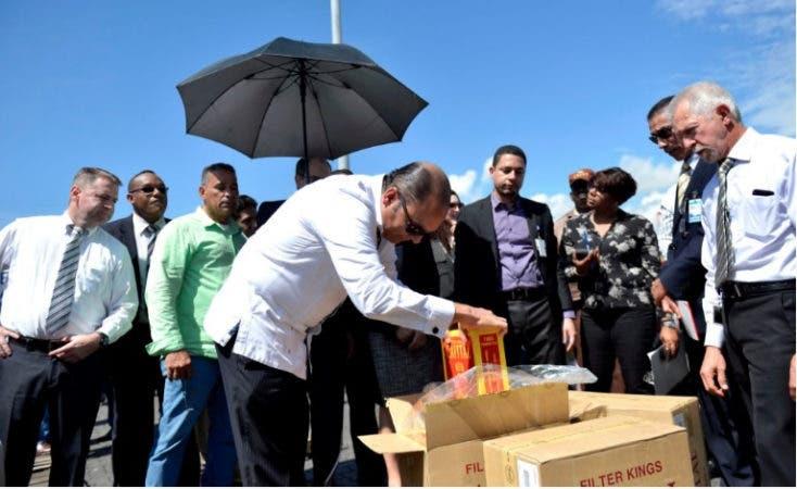 La mercancía fue descubierta dentro de un contenedor camuflado como carga de telas/Foto: @aduanard