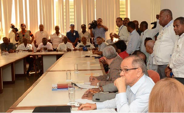 Director del Comité de Salarios explica razones de ausencia del sector sindical en mesa de diálogo