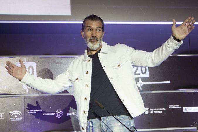 El actor Antonio Banderas se recupera, luego de haber revelado que en enero había sufrido un ataque en el corazón/Foto de Archivo