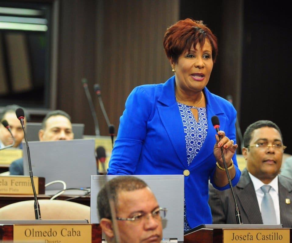 Josefa Castillo quiso su hijo ocupara diputación porque costeó candidatura con su dinero