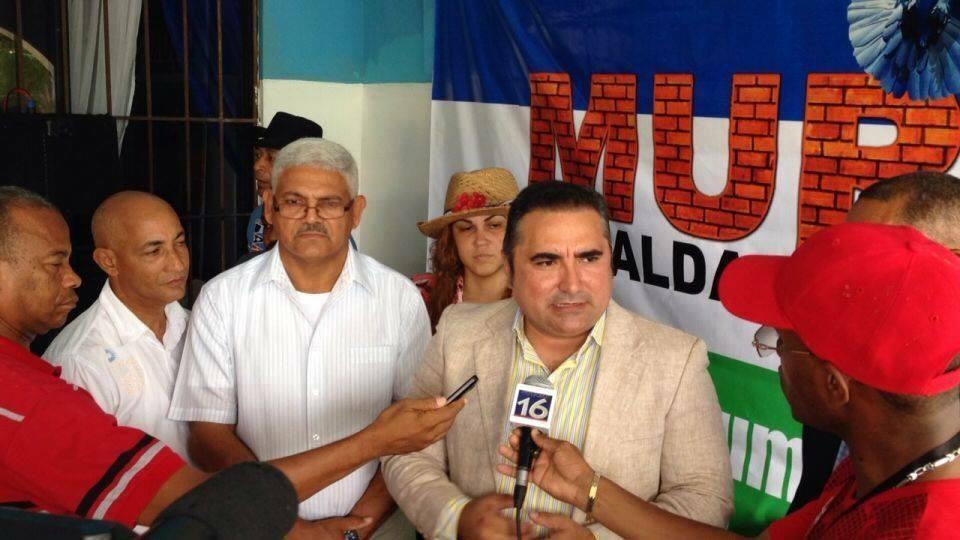 Muro dice Danilo Medina tiene una hoja de servicio limpia