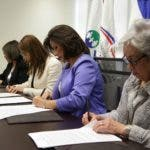 24-03-2017 firma OPS OMS Salud publica sobre ley de sangre Ruth Acossta