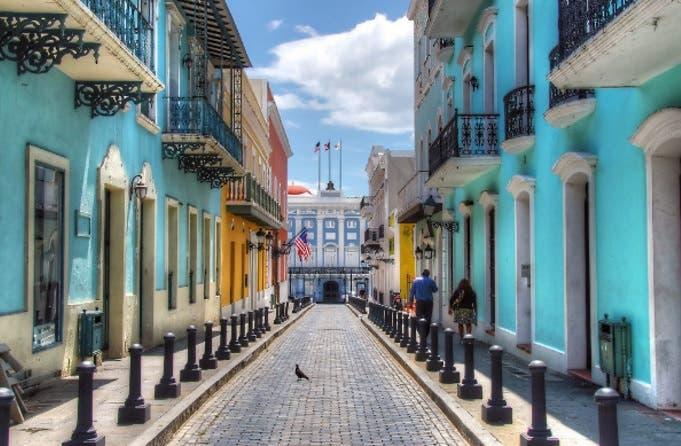 La crisis económica que sufre Puerto Rico, ahogado en una deuda de unos 70.000 millones de dólares/Foto de archivo.