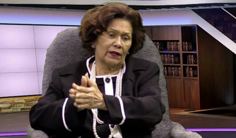 Zoila Martínez: Me han dejado todos los problema a mí, a la defensora del pueblo