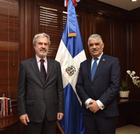 dr-paulo-speller-secretario-general-de-la-organizacion-de-estados-iberoamericanos_33442129681_o
