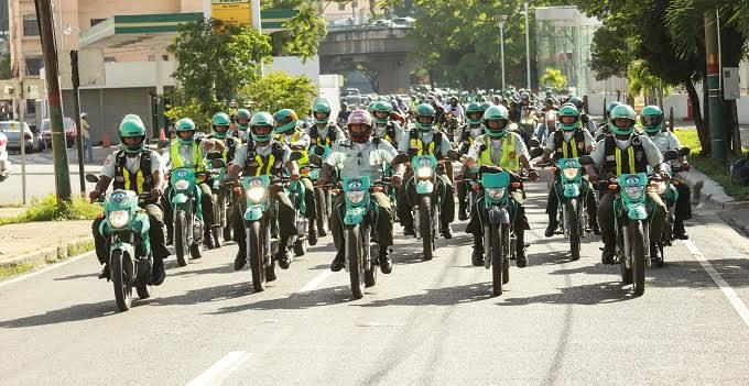 AMET aumenta servicios preventivos en autopistas y carreteras para garantizar regreso